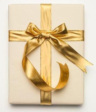 Как упаковать подарок разным людям